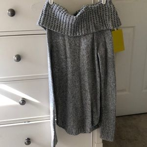abercrombie off the shoulder sweater
